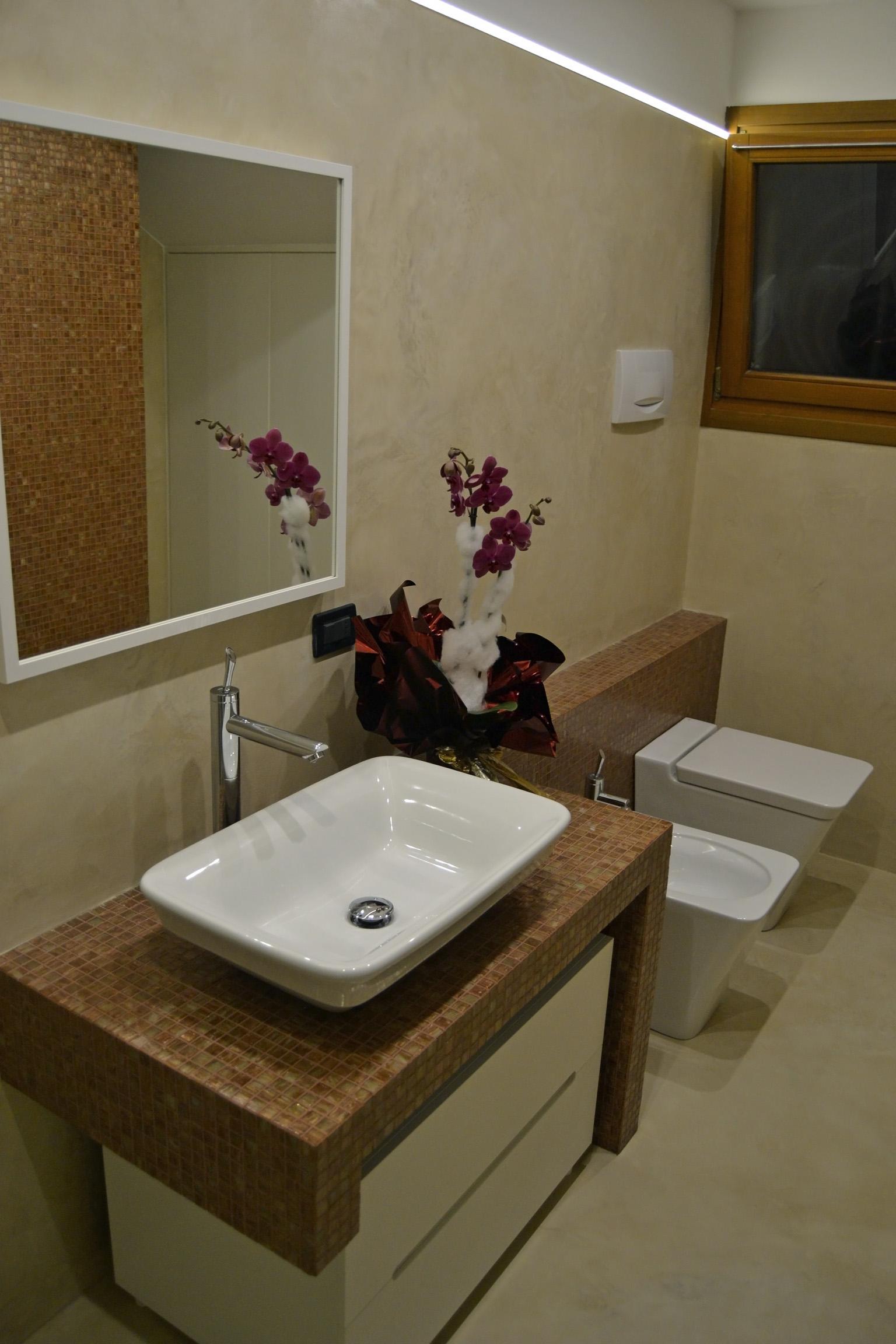 Piastrelle da bagno moderne: qualche idea
