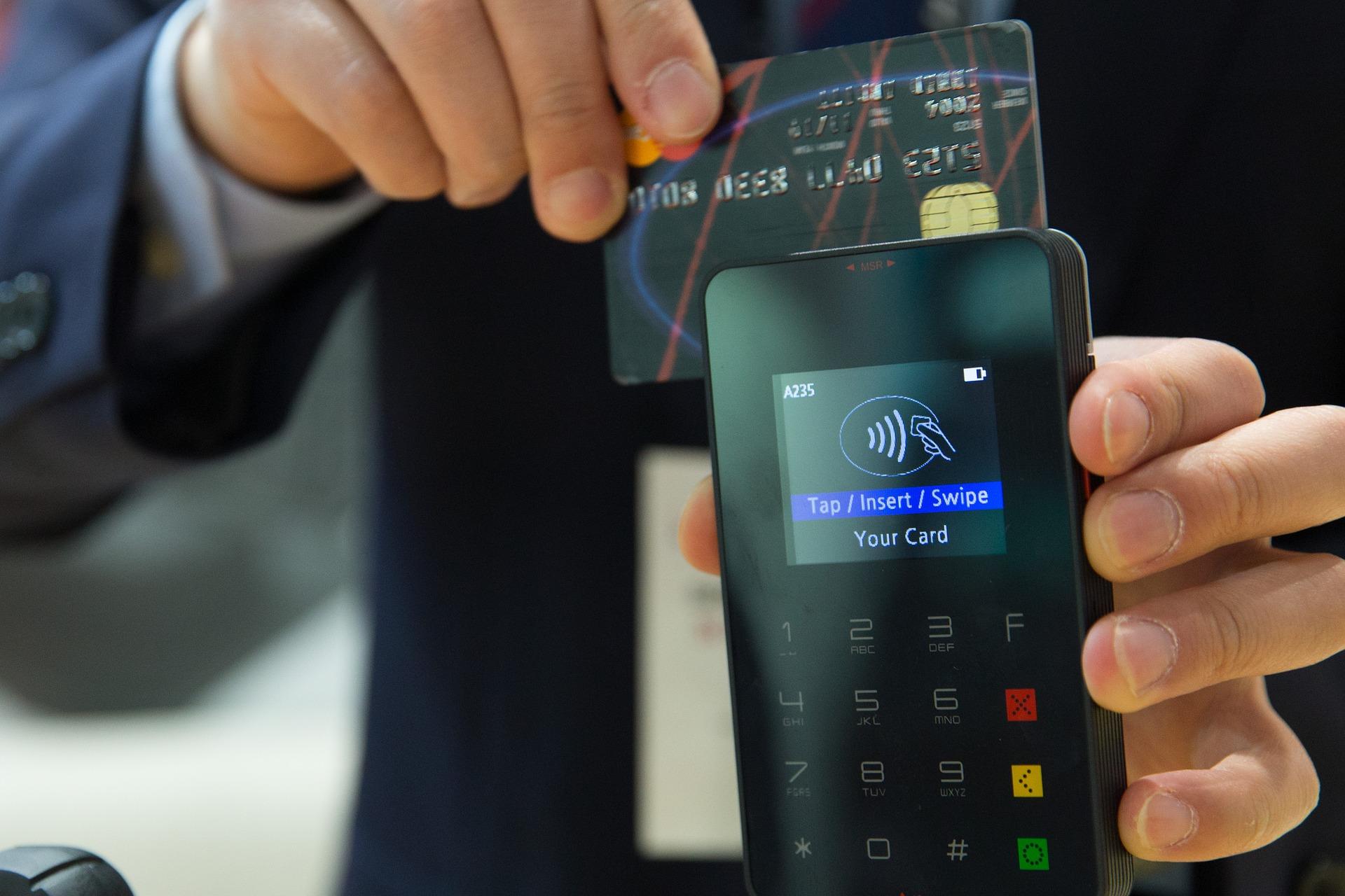 4 credit-card-1730085_1920 (2)